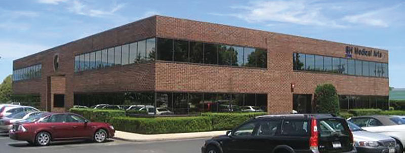 Jungreis and Zalta of Rosewood Realty Group handle $9.75 million sale of Long Island medical building