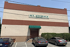 Hildreth Real Estate Advisors acquires 11,000 s/f self-storage property and business on Long Island