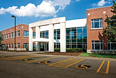 Struzzi and D'Amore of Cushman & Wakefield | Pyramid Brokerage Co. lease 22,754 s/f