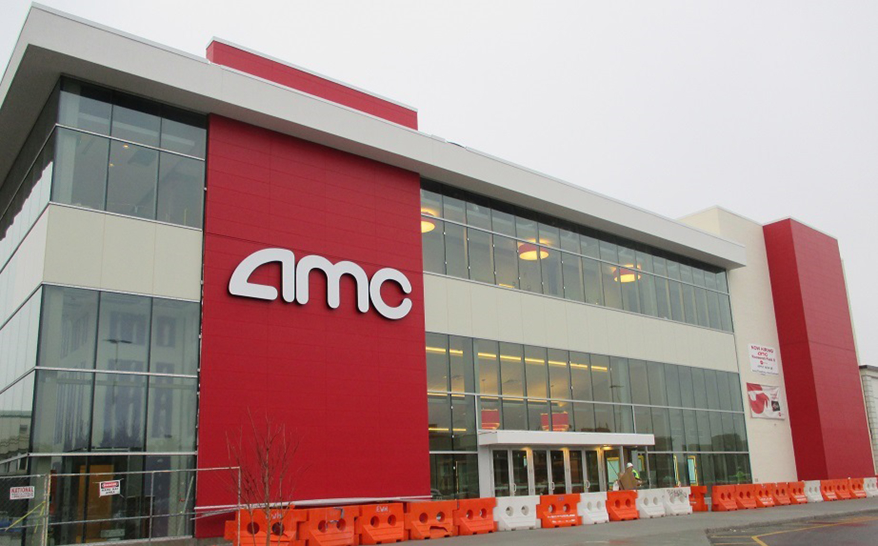 E W Howell Completes Renovation Of 43 756 S F Amc Movie Theater Project Cost Was 12 Million
